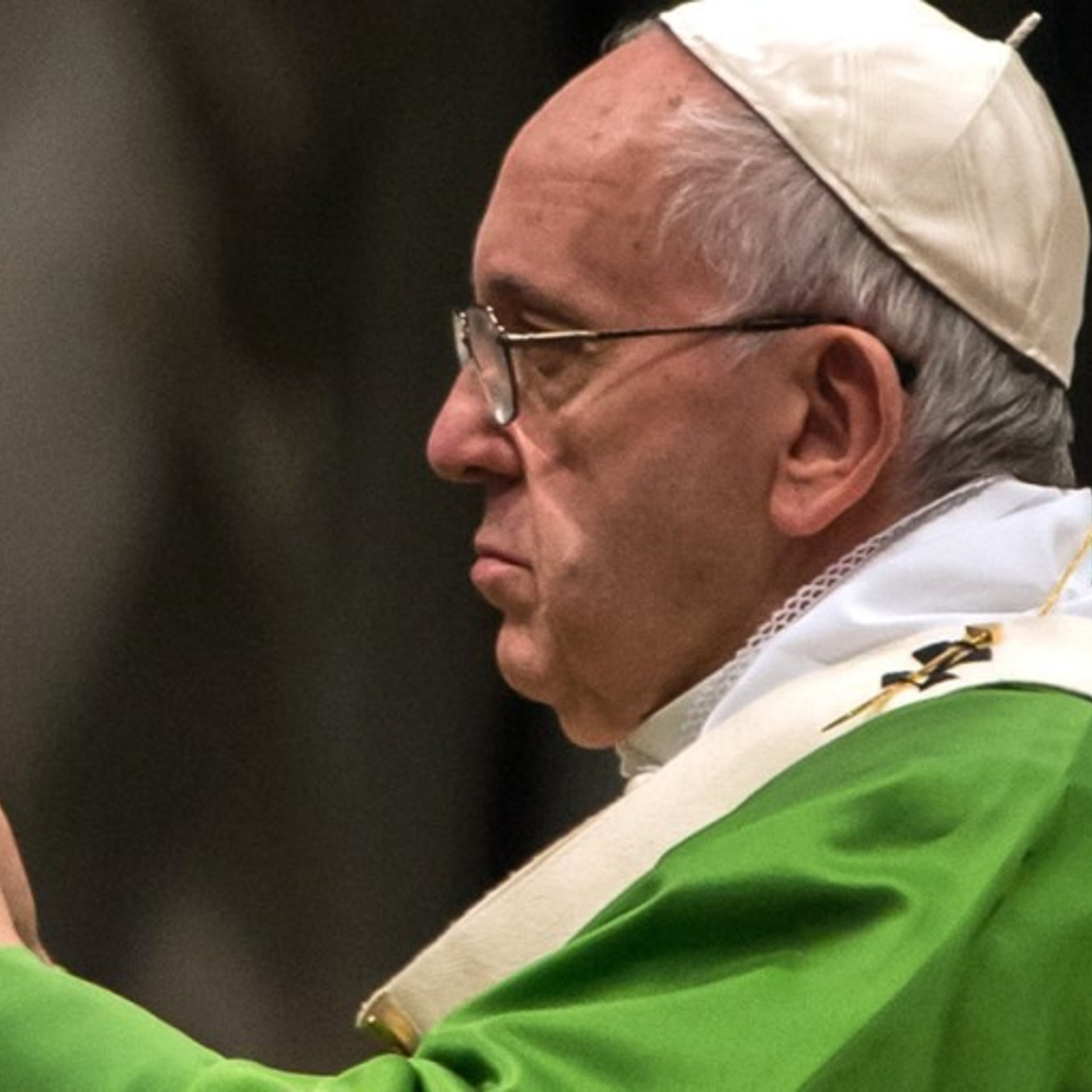 Pope With Bible 1200x800